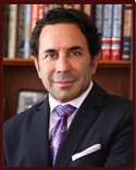 Dr. Paul S. Nassif en Beverly Hills