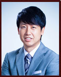Dr. Donald B. Yoo en Beverly Hills
